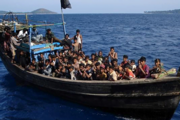 Thousands of #Rohingyas go missing after leaving #Myanmar http://t.co/A3ly9P1yO2 …  via Twitter twitter.com/movement_news