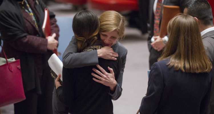 Samantha Power greets Nadia Murad Basee Taha, a 21-year-old Iraqi woman of the Yazidi faith and a victim of abduction and torture by the terrorist group Islamic State. UN Photo/Rick Bajornas